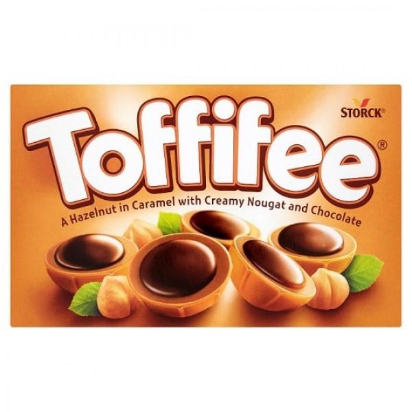 Storck Toffifee Celé jadro lieskového orieška v karameli s nugátovým krémom a čokoládou 125 g